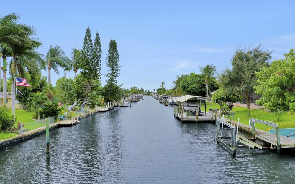 5372 Darby Ct, Cape Coral - Lot For Sale 1071309421