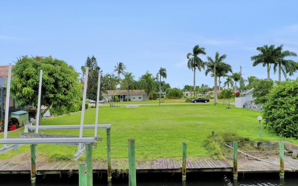 5372 Darby Ct, Cape Coral - Lot For Sale 270040832