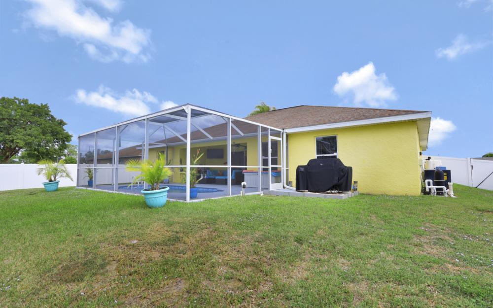 2608 NE 4th Pl, Cape Coral - Home For Sale 544199141