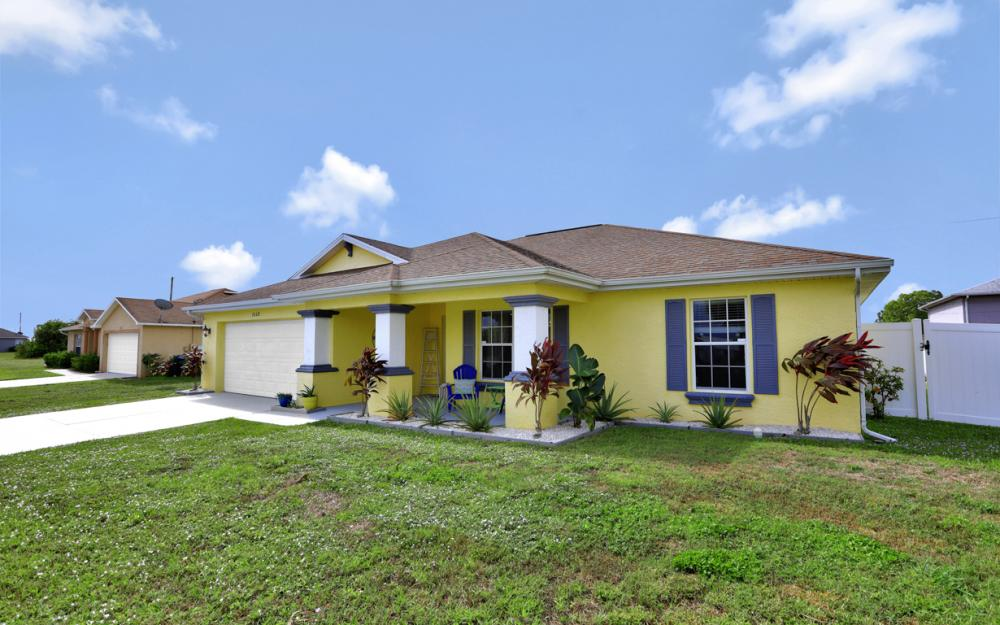2608 NE 4th Pl, Cape Coral - Home For Sale 890975794