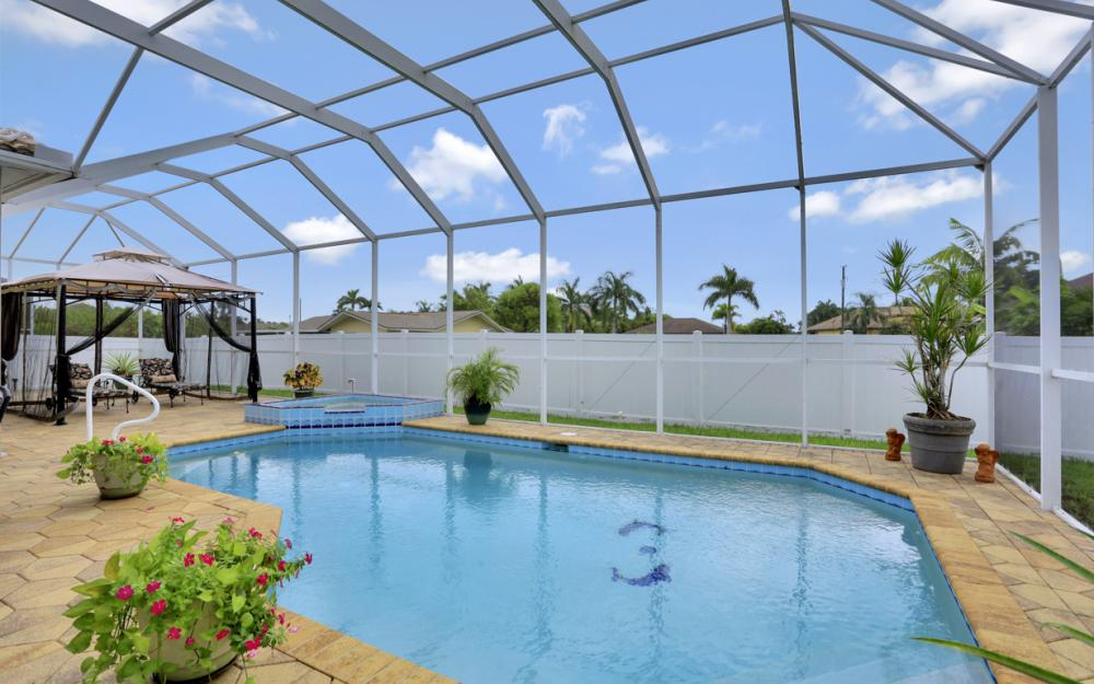 5233 SW 24th Pl, Cape Coral - Home For Sale 421511582