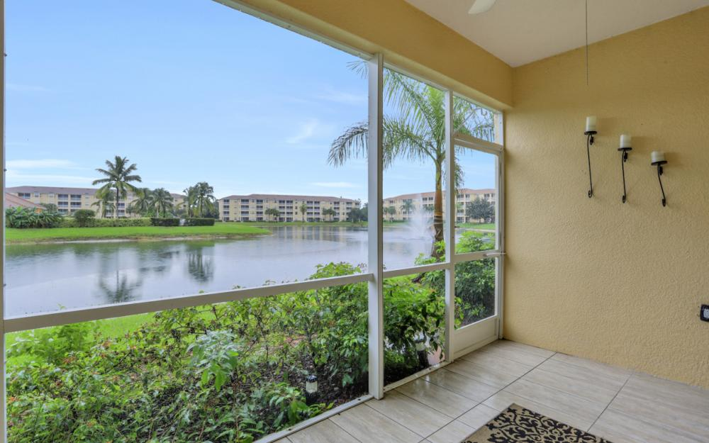 8490 Kingbird Loop #915, Fort Myers - Condo For Sale 381125597