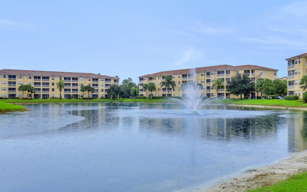 8490 Kingbird Loop #915, Fort Myers - Condo For Sale 1967061576