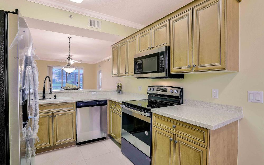 8490 Kingbird Loop #915, Fort Myers - Condo For Sale 556664999