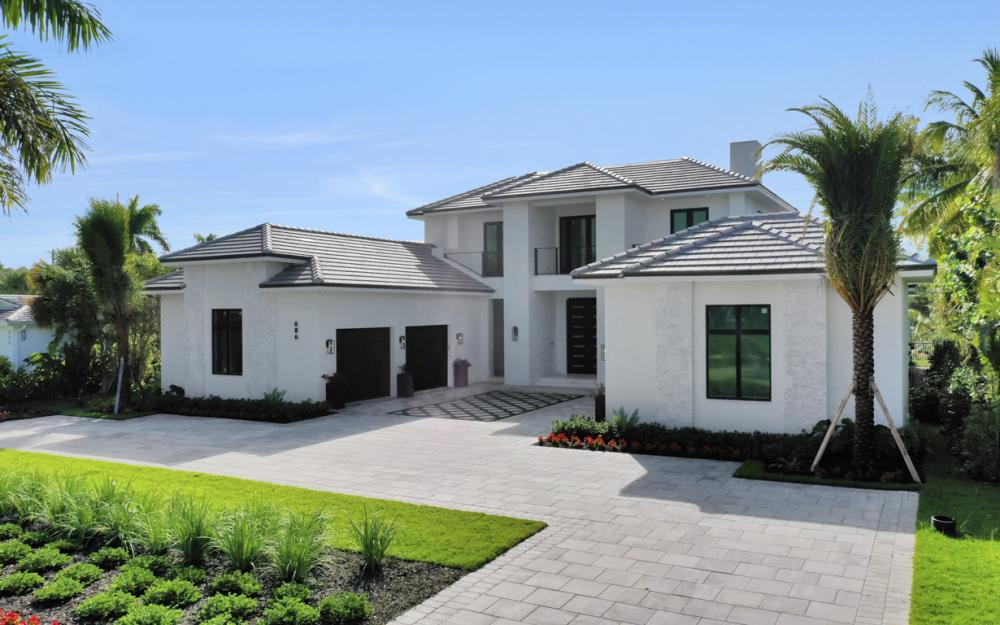 686 S Golf Dr, Naples - Home For Sale 302545711