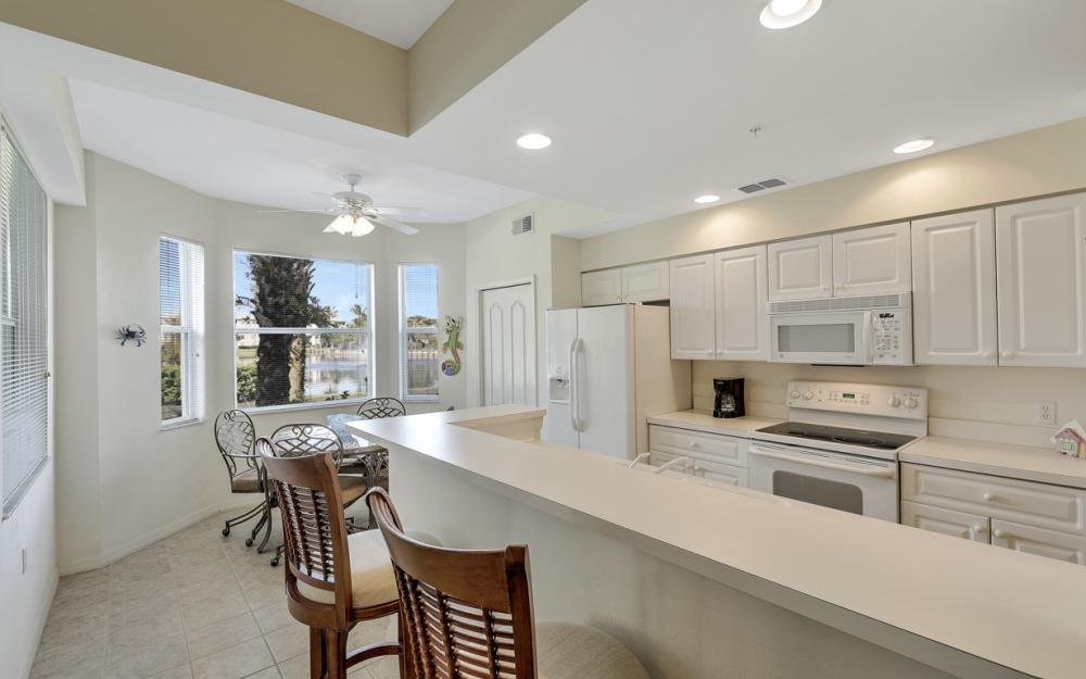 16615 Lake Circle Dr #413, Fort Myers - Vacation Rental 1170792095