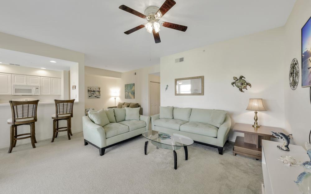 16615 Lake Circle Dr #413, Fort Myers - Vacation Rental 1239943419