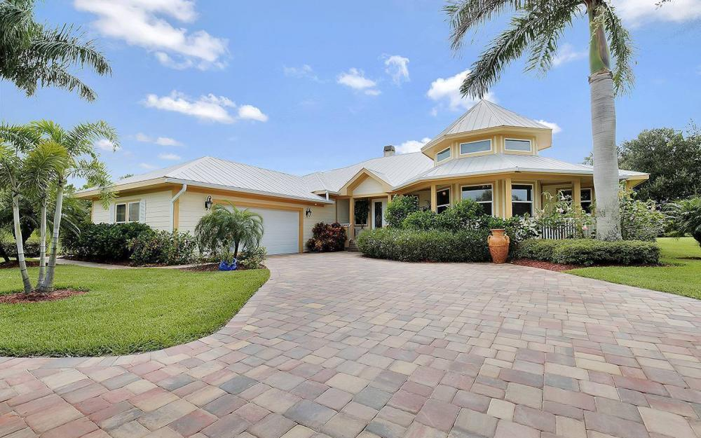 12050 Nokomis Ct, Fort Myers - House For Sale 252983544