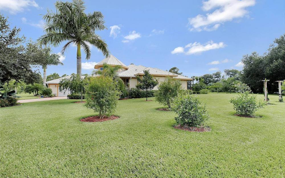 12050 Nokomis Ct, Fort Myers - House For Sale 1954317166
