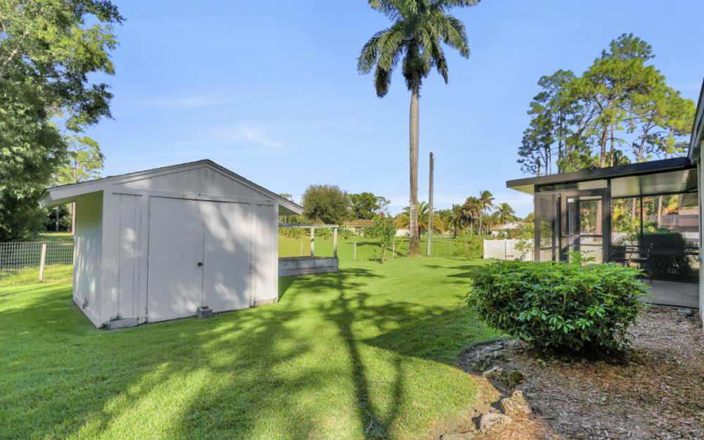 49 Erie Dr, Naples - Home For Sale 154918321