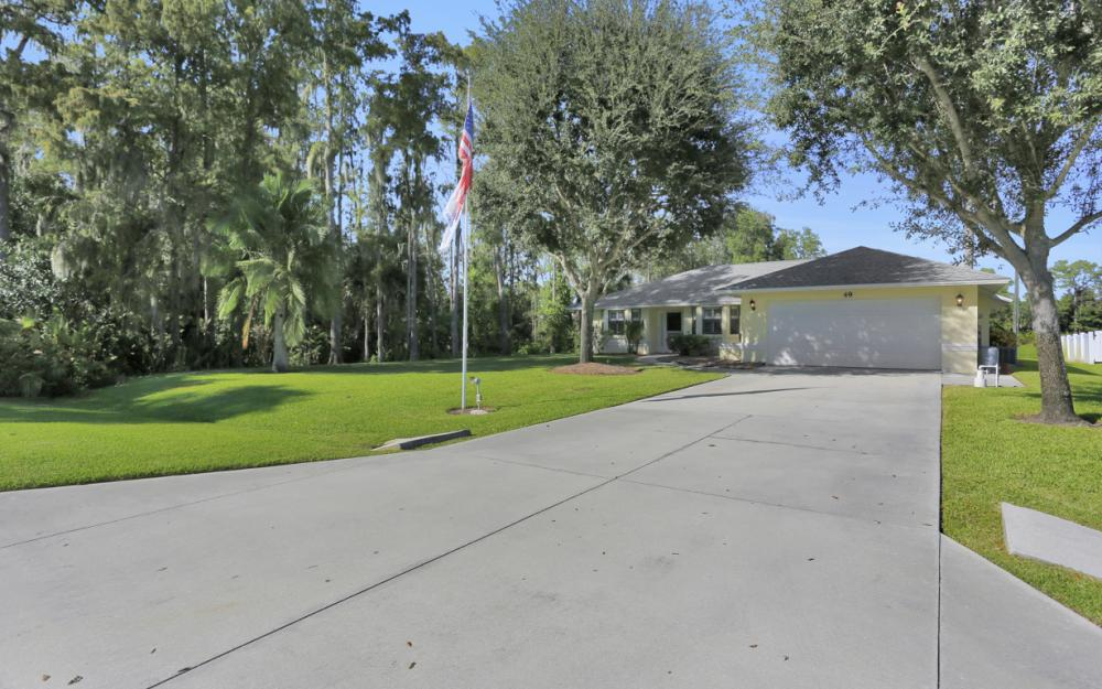 49 Erie Dr, Naples - Home For Sale 404910080