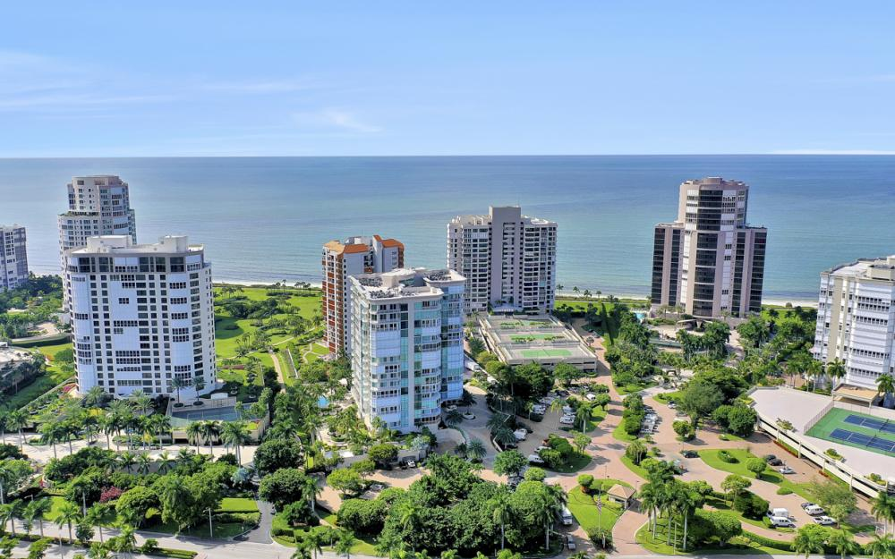 4255 Gulf Shore Blvd N #305, Naples - Home For Sale 1358543114