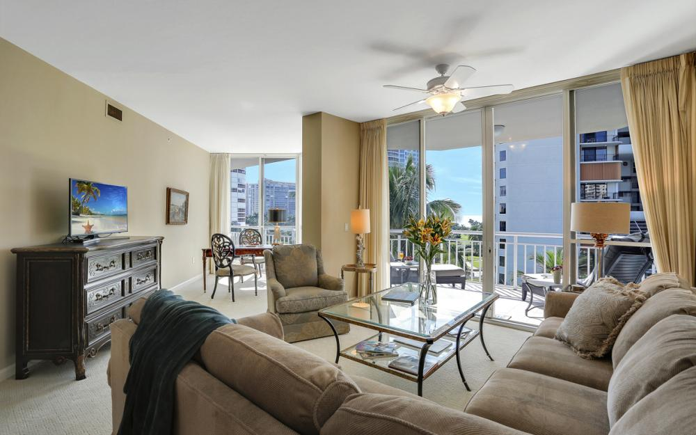 4255 Gulf Shore Blvd N #305, Naples - Home For Sale 1907013568