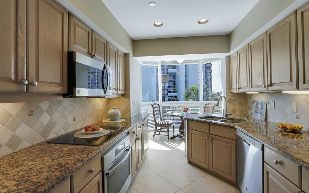 4255 Gulf Shore Blvd N #305, Naples - Home For Sale 1127241462