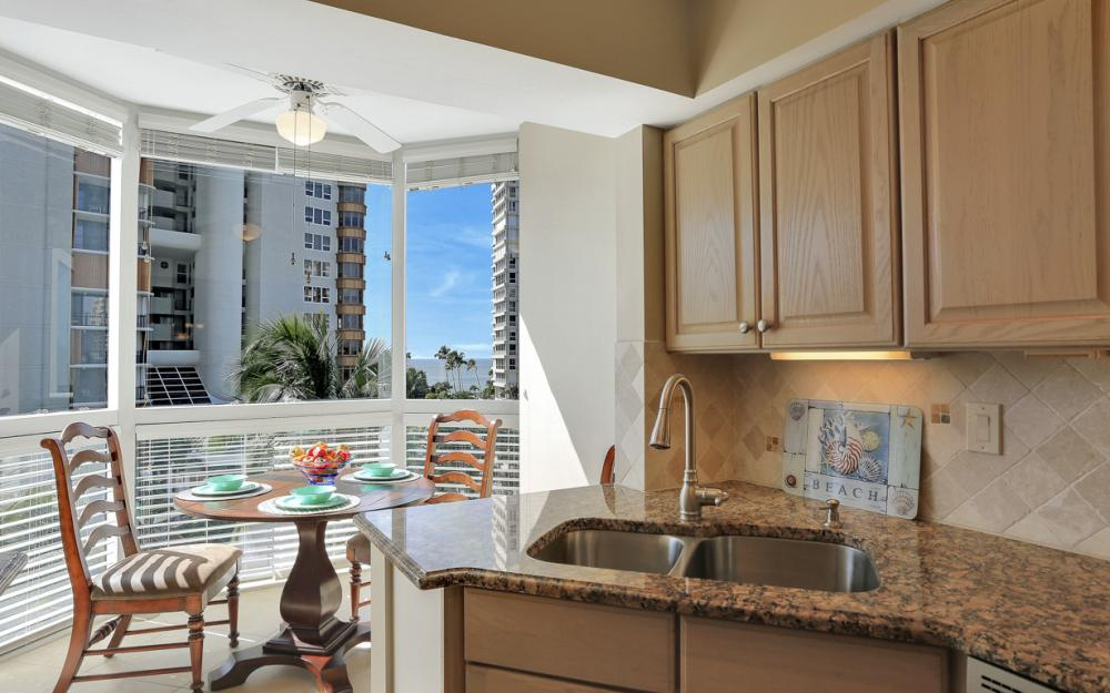 4255 Gulf Shore Blvd N #305, Naples - Home For Sale 217310894