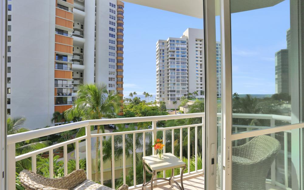 4255 Gulf Shore Blvd N #305, Naples - Home For Sale 1456006147