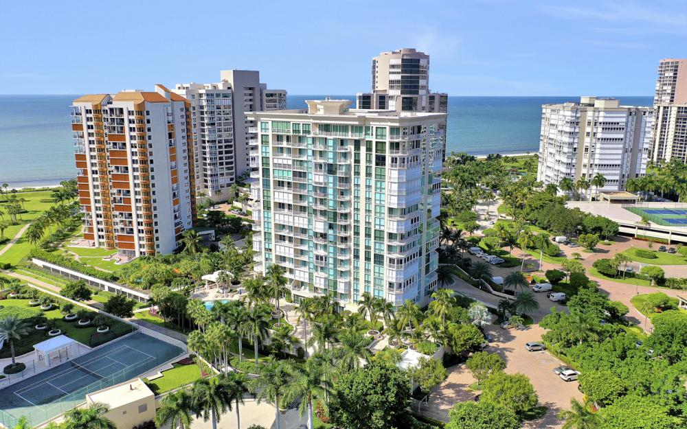 4255 Gulf Shore Blvd N #305, Naples - Home For Sale 247818110