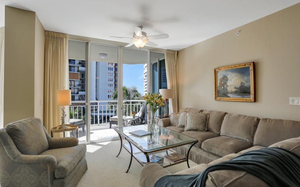 4255 Gulf Shore Blvd N #305, Naples - Home For Sale 708767907