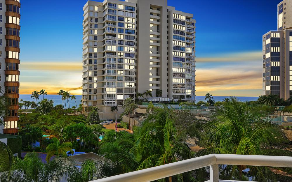 4255 Gulf Shore Blvd N #305, Naples - Home For Sale 632345908