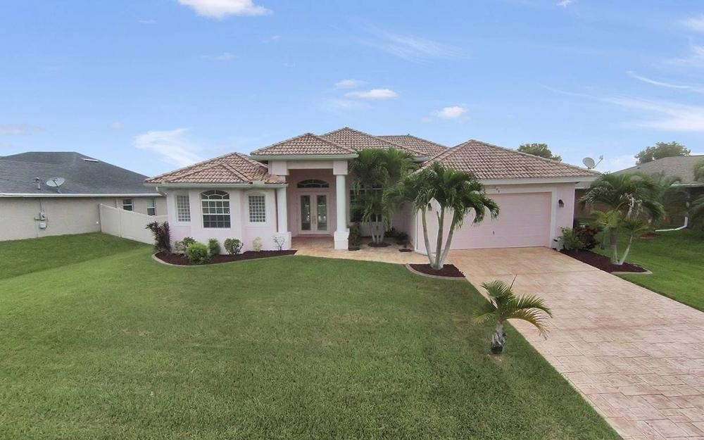 209 NW 29th Ave, Cape Coral - House For Sale 2004009269