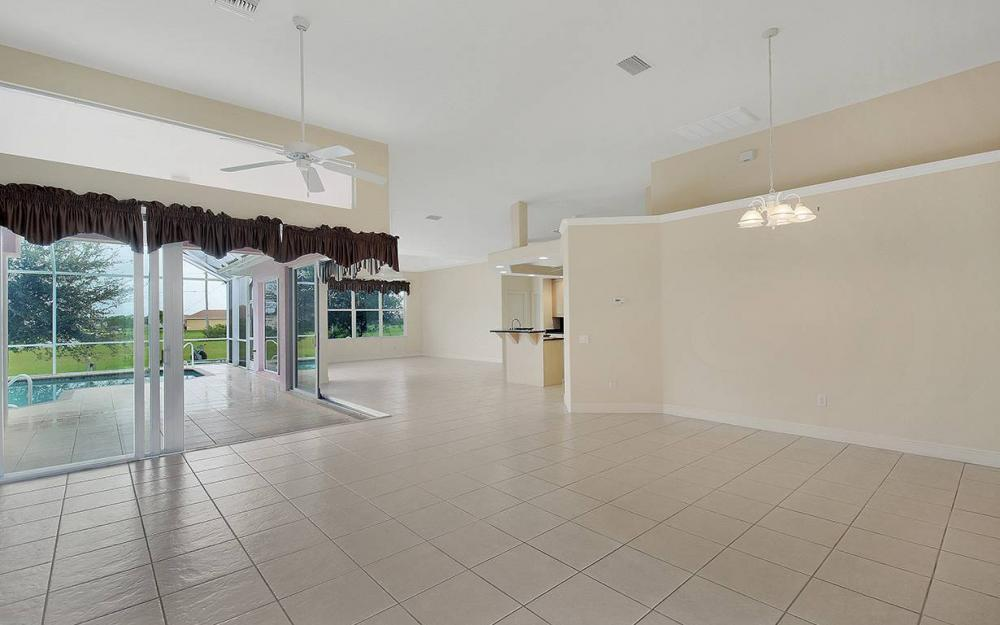 209 NW 29th Ave, Cape Coral - House For Sale 219657289