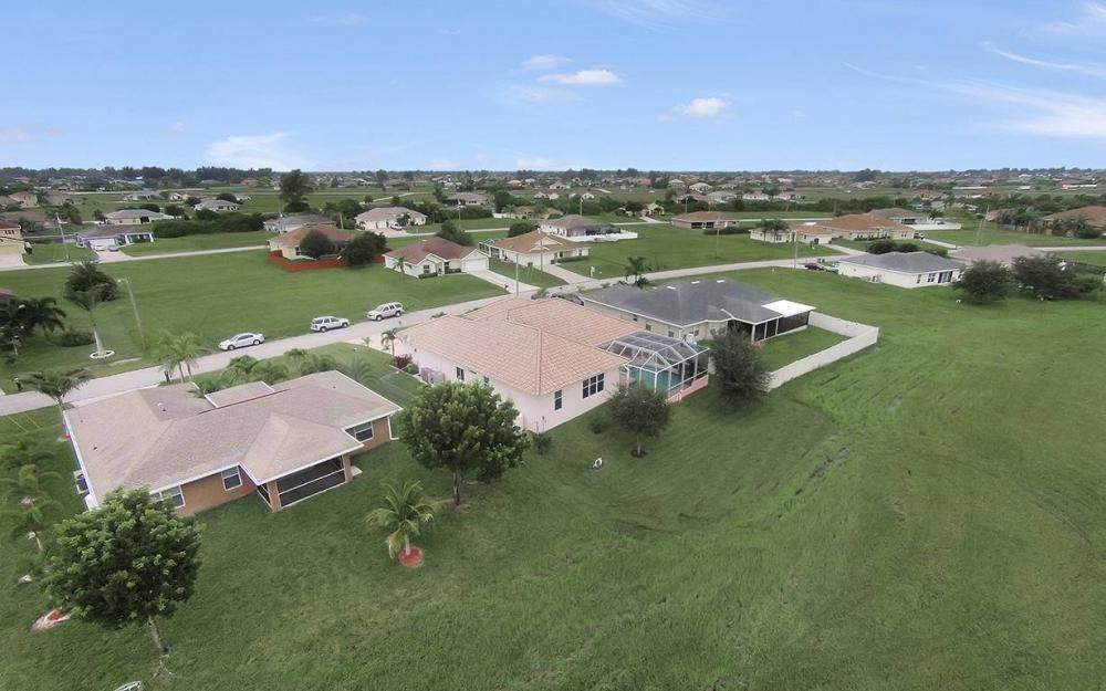 209 NW 29th Ave, Cape Coral - House For Sale 1515404238