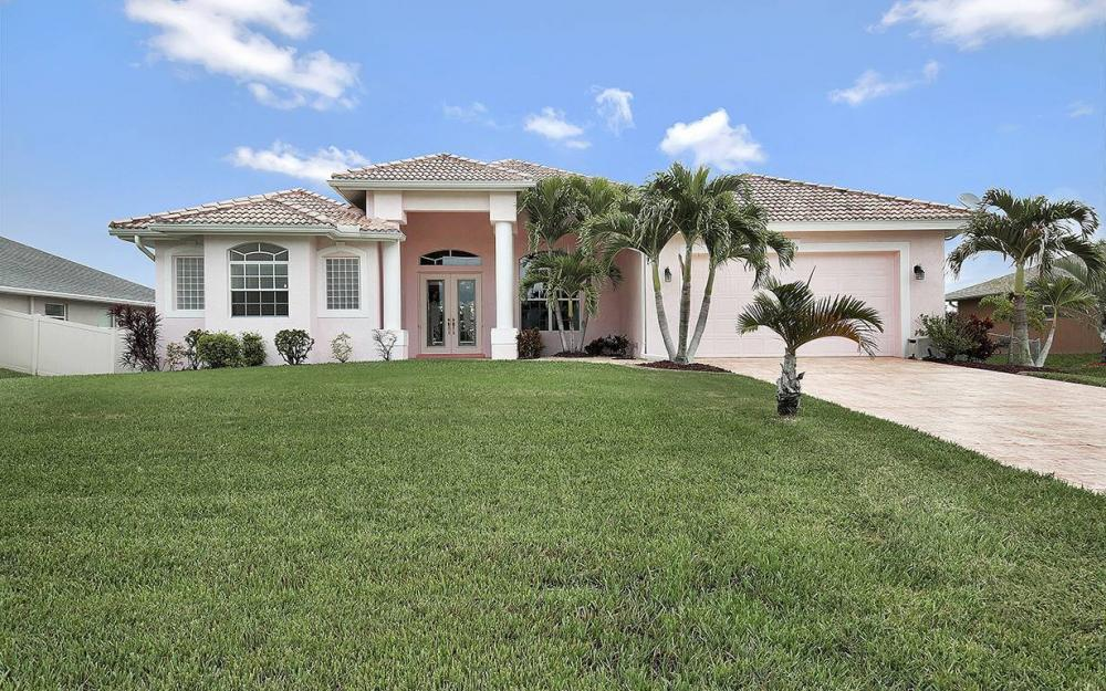 209 NW 29th Ave, Cape Coral - House For Sale 2085601307