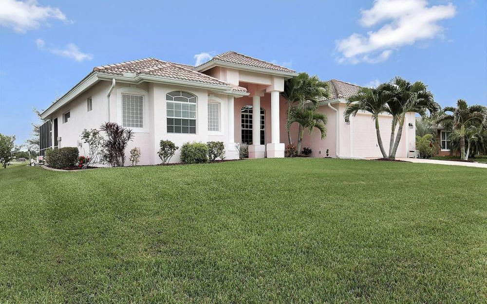 209 NW 29th Ave, Cape Coral - House For Sale 2085267749