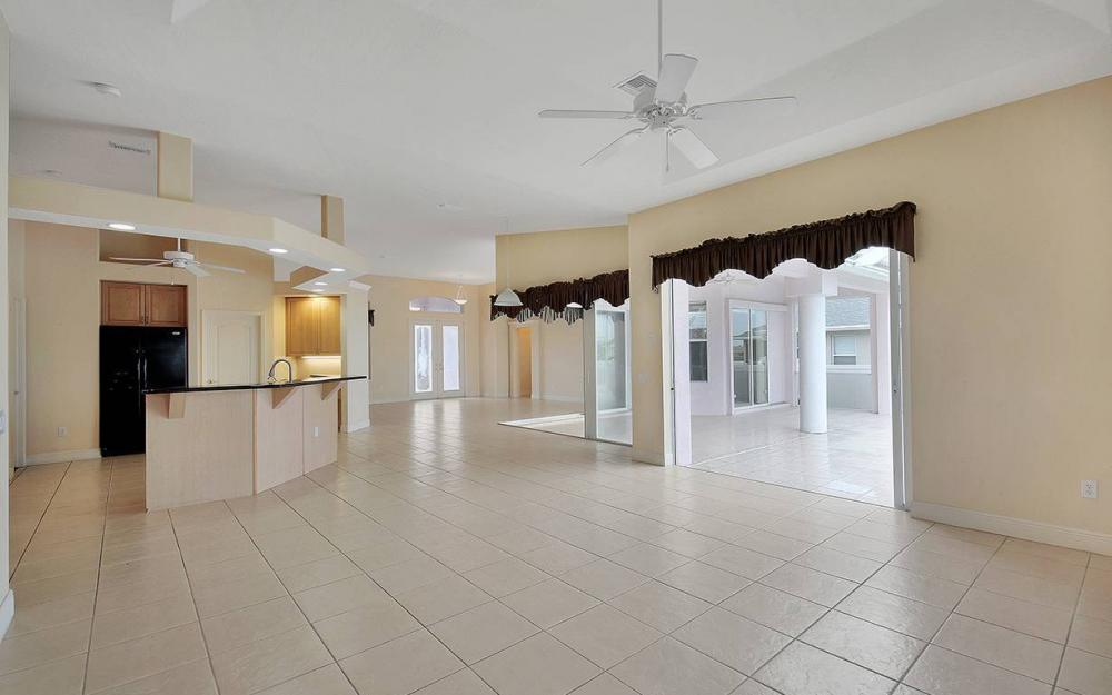 209 NW 29th Ave, Cape Coral - House For Sale 1674651967
