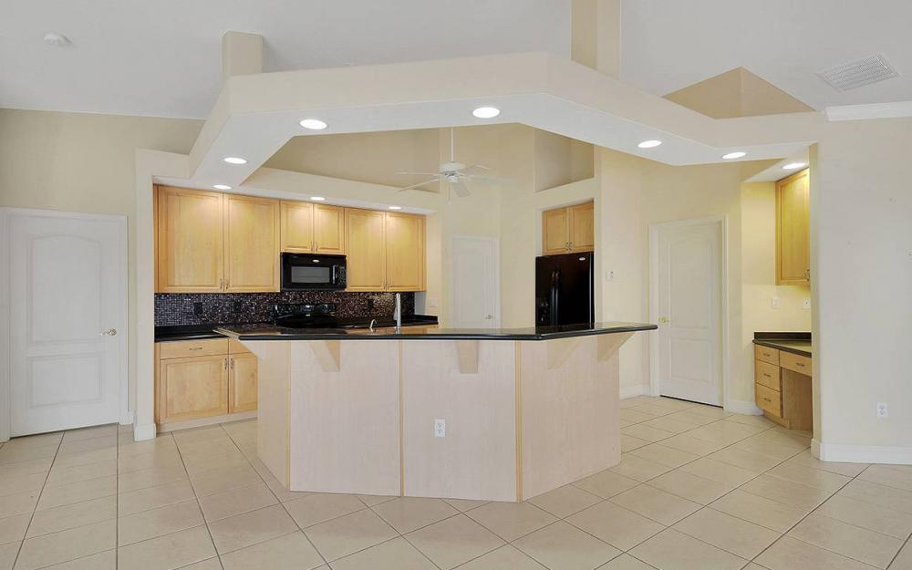209 NW 29th Ave, Cape Coral - House For Sale 842368582
