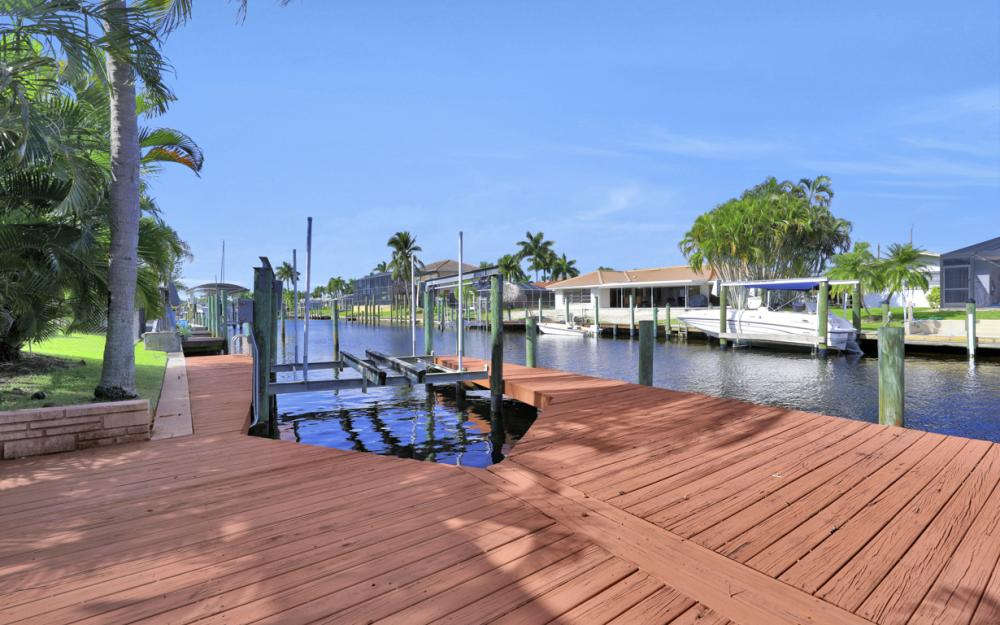 123 SW 51st Ter, Cape Coral - Home For Sale 1118868206
