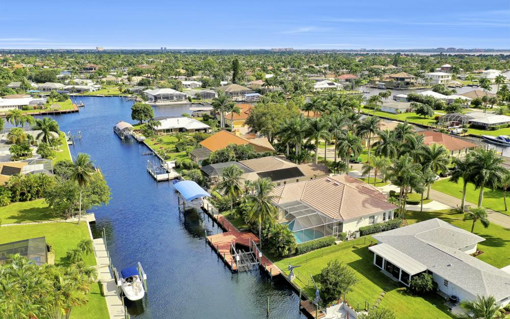 123 SW 51st Ter, Cape Coral - Home For Sale 1139346445