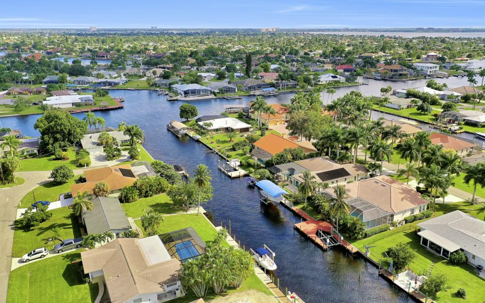 123 SW 51st Ter, Cape Coral - Home For Sale 915575678