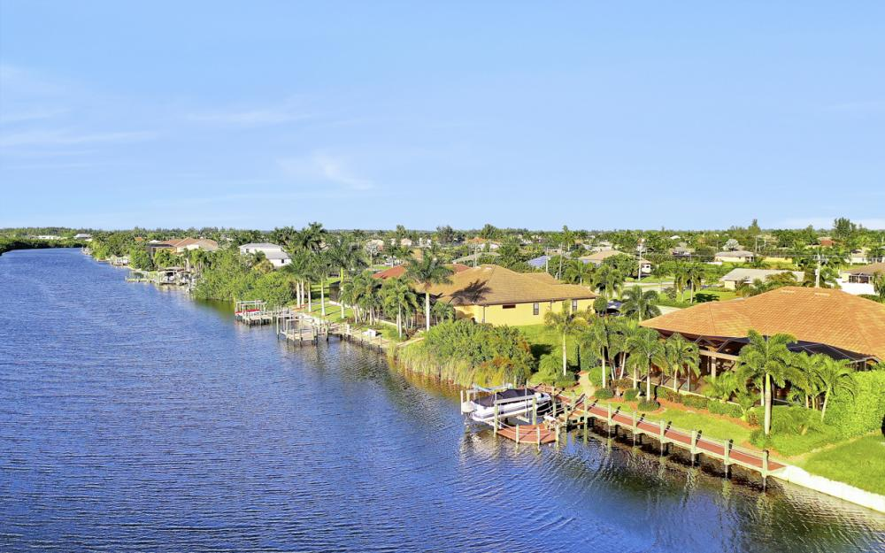 3232 Surfside Blvd, Cape Coral - Home For Sale 1536023783