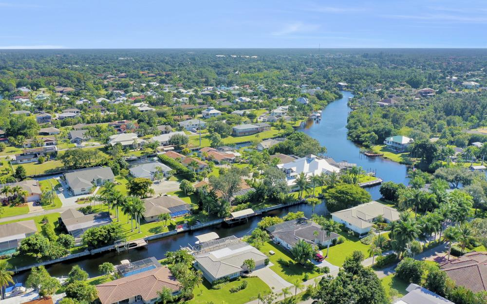 27091 Homewood Dr, Bonita Springs - Home For Sale 32431491