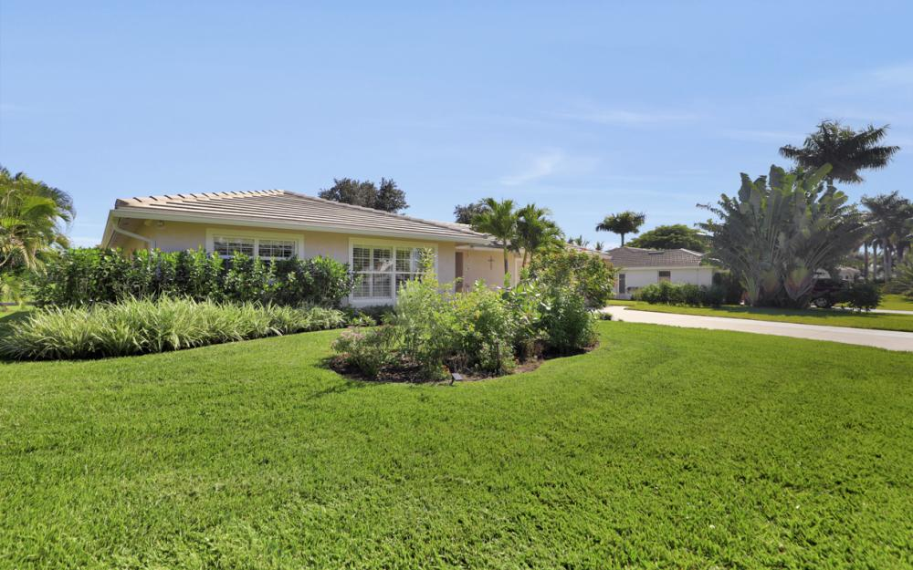 27091 Homewood Dr, Bonita Springs - Home For Sale 948494317