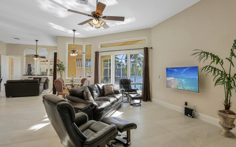 520 Century Dr, Marco Island - Vacation Rental 1932708547
