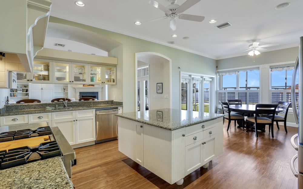 4105 W Riverside Dr, Fort Myers - Luxury Home For Sale 1375153139