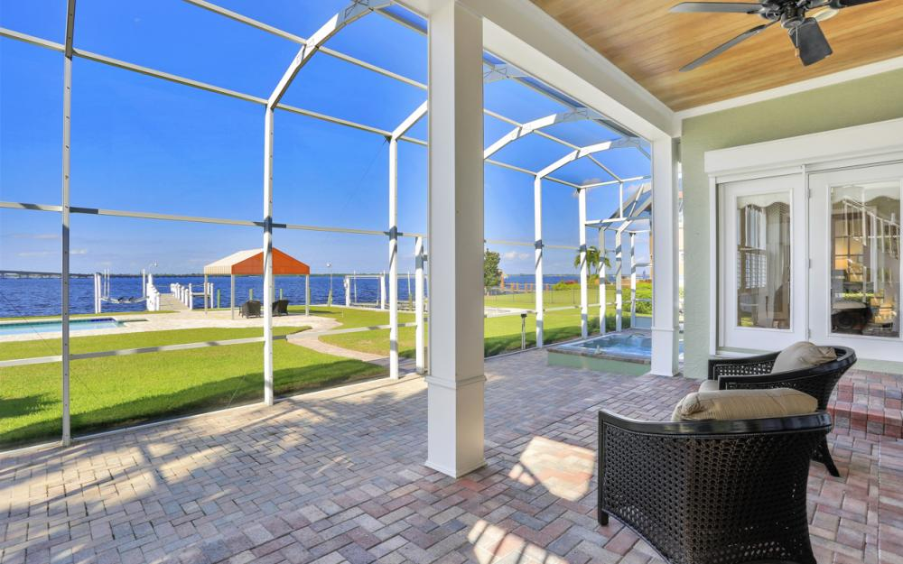 4105 W Riverside Dr, Fort Myers - Luxury Home For Sale 670290401