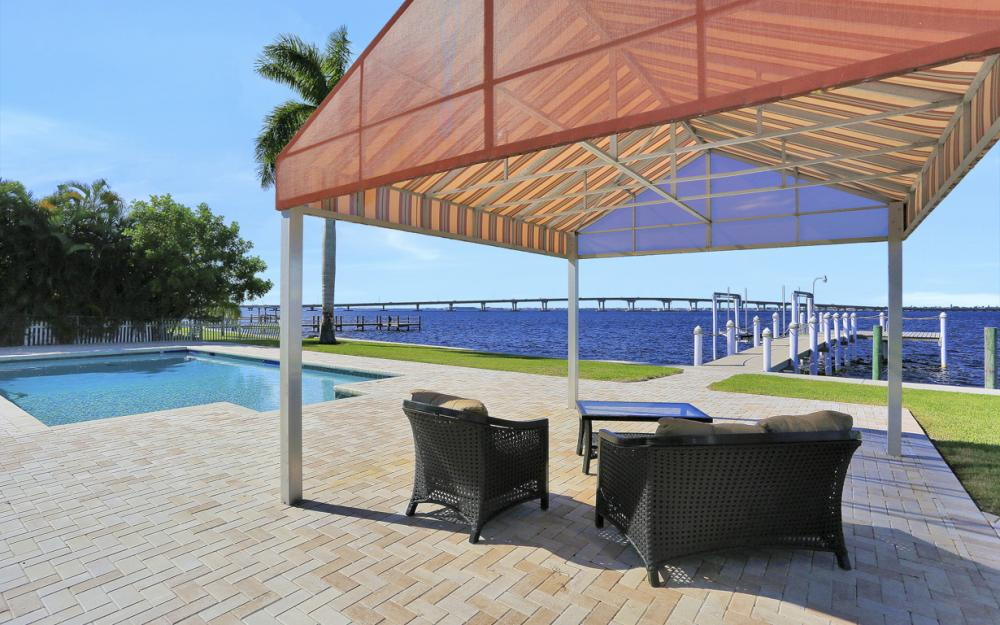 4105 W Riverside Dr, Fort Myers - Luxury Home For Sale 2044253538