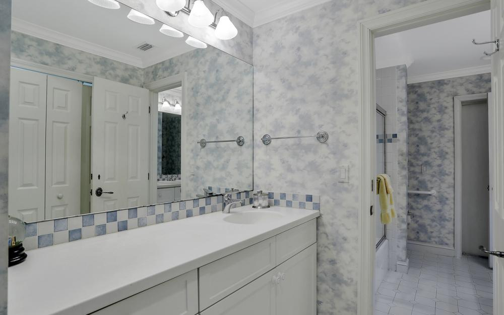 4105 W Riverside Dr, Fort Myers - Luxury Home For Sale 1824006308