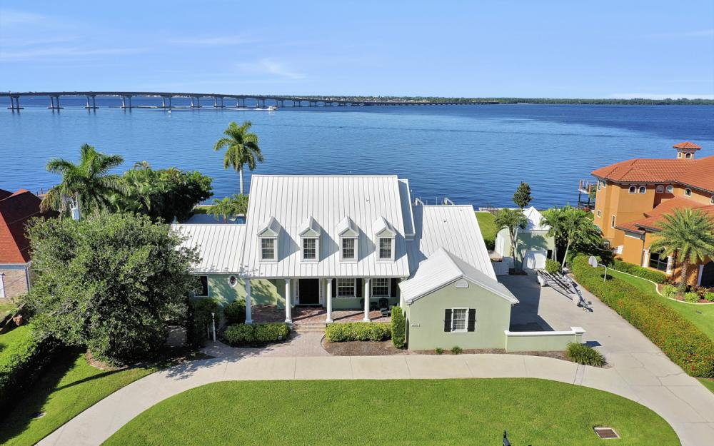 4105 W Riverside Dr, Fort Myers - Luxury Home For Sale 1628974123