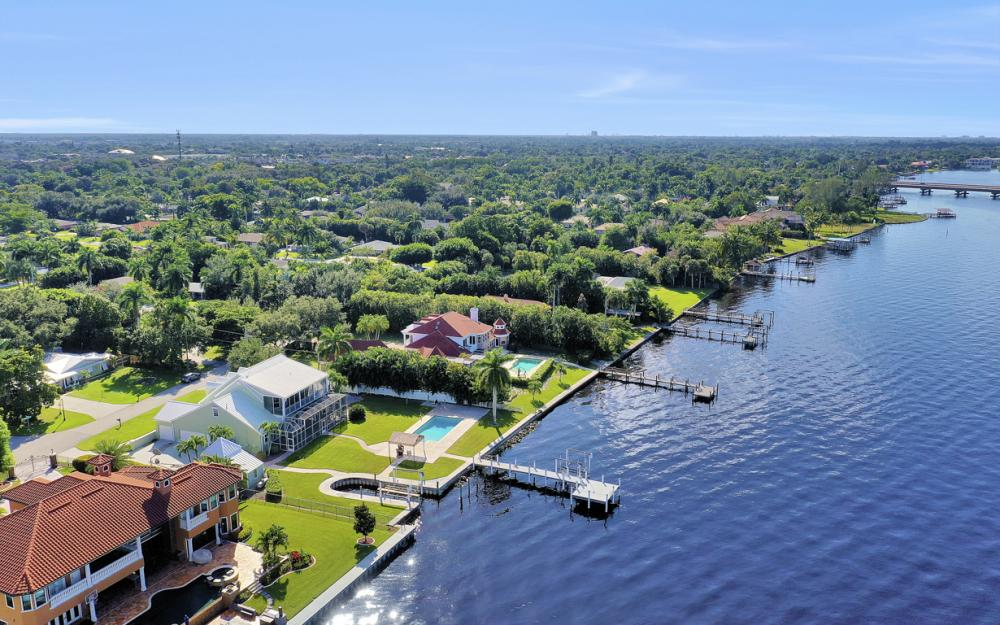 4105 W Riverside Dr, Fort Myers - Luxury Home For Sale 1876315229