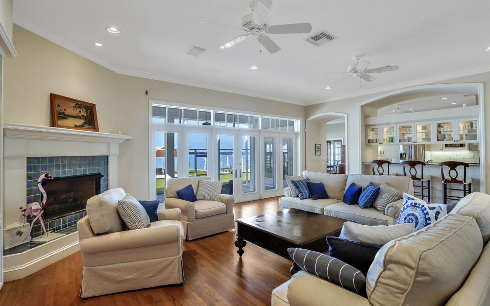 4105 W Riverside Dr, Fort Myers - Luxury Home For Sale 734380766