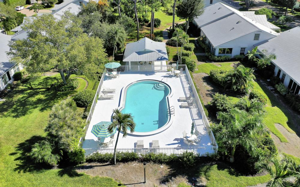 4724 West Blvd, Naples - Home For Sale 312565824