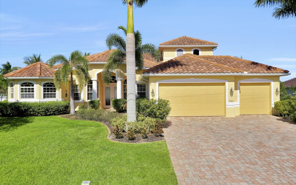 2305 SW 50th St, Cape Coral - Home For Sale 1682092015