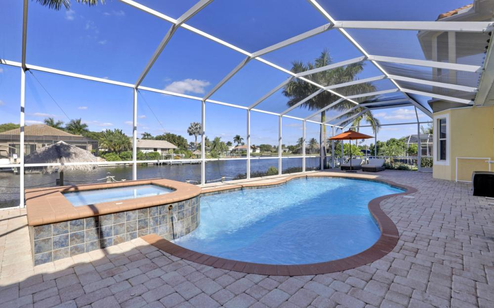 2305 SW 50th St, Cape Coral - Home For Sale 225487756