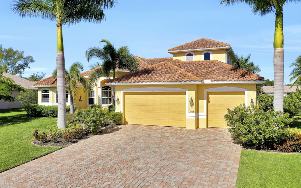 2305 SW 50th St, Cape Coral - Home For Sale 897380867