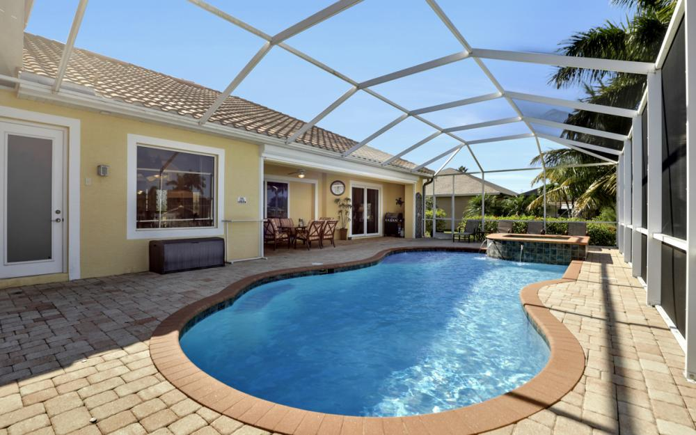 2305 SW 50th St, Cape Coral - Home For Sale 1893978064