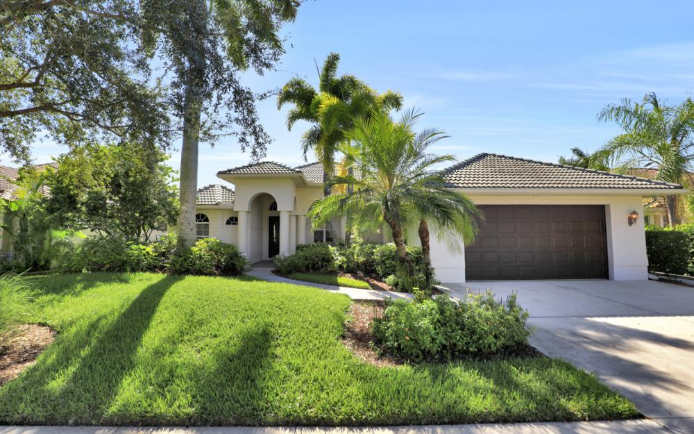 14688 Indigo Lakes Cir, Naples - Home For Sale 973152623